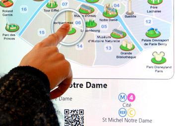 borne d'information interactive